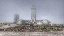 Phare Fréhel im Nebel